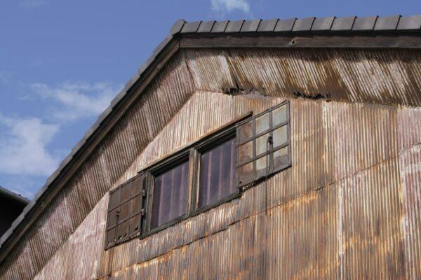 古い倉庫・建物の写真画像